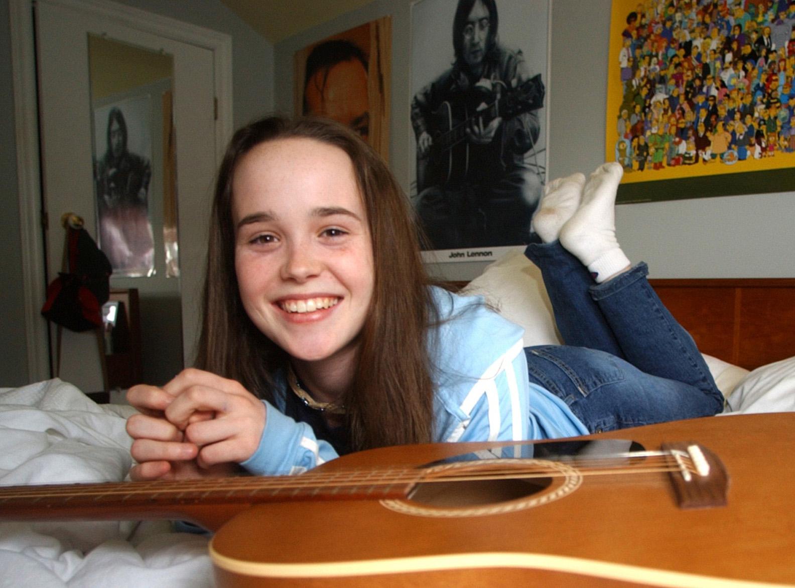 041603 Ellen Page-5